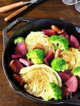 キャベツといろいろ野菜の蒸し焼き