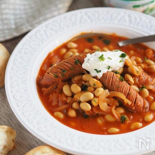 ジュースですぐウマ♡『ウインナーと大豆のトマト味噌スープ』