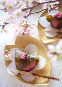 『【簡単に電子レンジで作れる】関西風道明寺の桜餅』