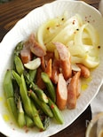 玉ねぎとソーセージの白だしさっと煮