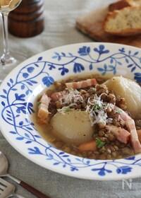 『丸ごと新玉ねぎとレンズ豆のスープ煮』