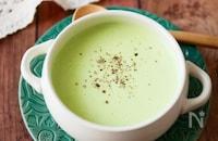 『うどんスープで』うすいえんどうの簡単ポタージュ