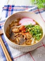 缶詰で簡単時短レシピ♡『鳥皮みそ煮うどん』