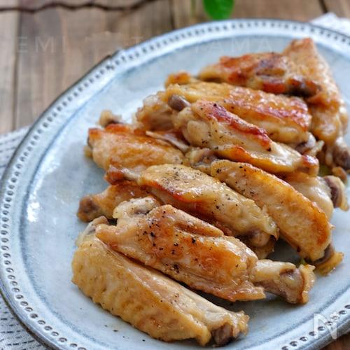 調味料一律大さじ1*鶏手羽中のバターレモン照り煮*