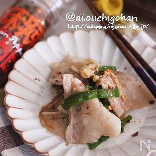 豚バラで油不使用♡豚肉とピーマンの柚子胡椒炒め♡