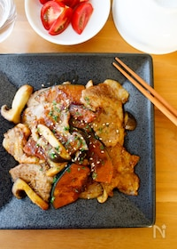 『『ご飯がすすむ!豚肉とかぼちゃときのこのニンニク醤油炒め』』