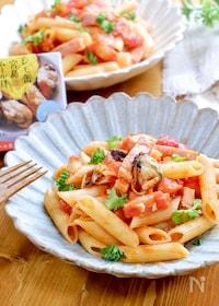 『レモ缶で作る!『ベーコンとムール貝のペンネアラビアータ』』