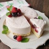 ベリーたっぷりアイスケーキ
