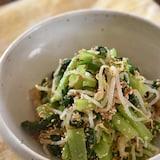 レンジで簡単♪もやしと小松菜のごま和え【作り置き】