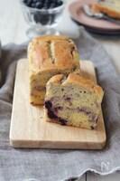 ブルーベリーとチーズのパウンドケーキ(米粉)