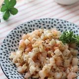 食感も楽しむシンプル炒め♡コロコロれんこんとむき海老の塩炒め