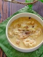 柔らか鶏肉のミルクカレースープ