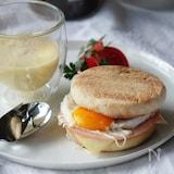 朝ごはんに♪エッグイングリッシュマフィンサンド