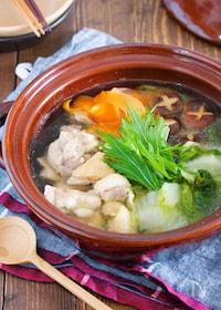 『10分で♪スープまで飲み干す♪『うまだし♡ヘルシー鶏塩鍋』』
