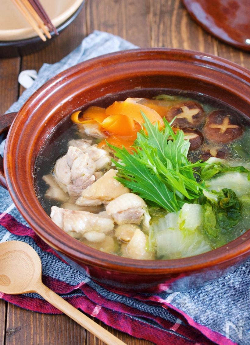 鶏もも肉と白菜の白だし塩鍋