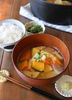 かぼちゃと根菜の具沢山味噌汁しょうが風味