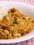 豆とチーズのポークケチャップ