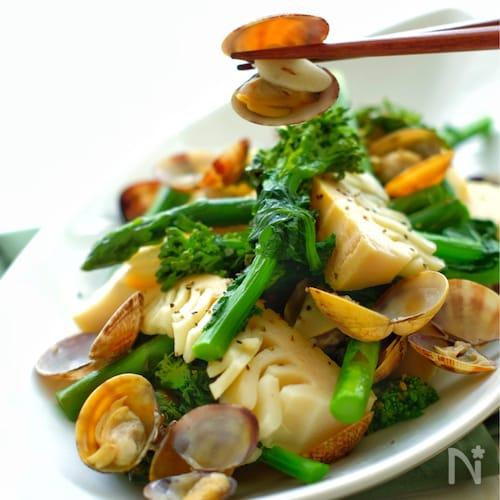 *春野菜とあさりの蒸し煮*
