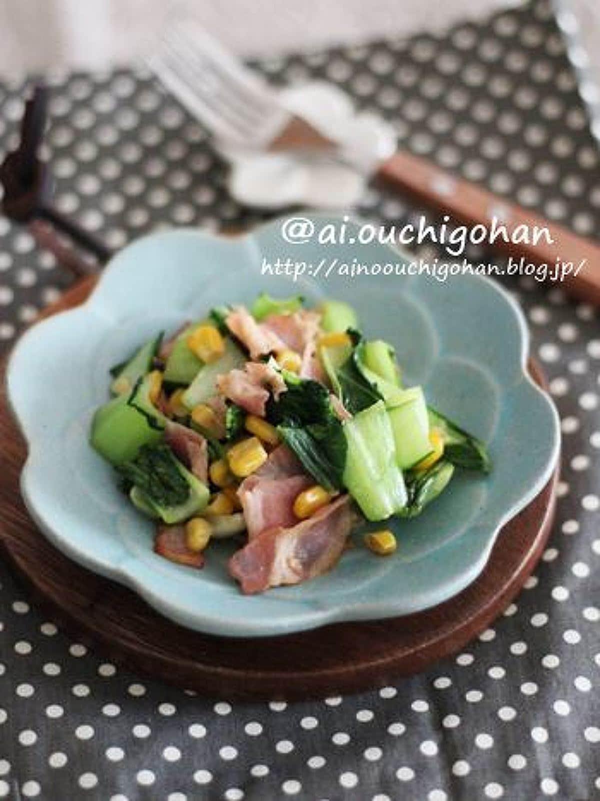 お弁当や朝ごはんにおすすめ♡チンゲン菜の洋風チーズ炒め♡
