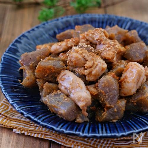 *こんにゃくと鶏肉のコク旨ごま味噌マヨ炒め*
