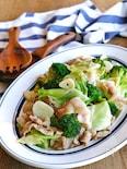 キャベツとブロッコリーと豚バラのにんにく炒め