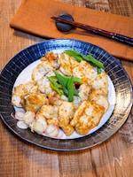 生姜と醤油で「鶏むね肉の香味焼き」