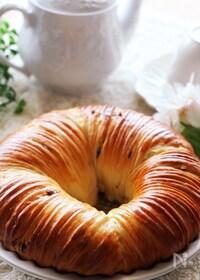 『ホームベーカリーで作る♡紅茶とカスタードのウールロールパン』