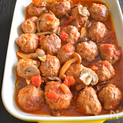 【作り置き】きのことトマトの煮込みハンバーグ