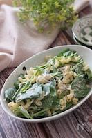 味噌マヨが絶品♡サラダほうれん草としらすの和風マカロニサラダ