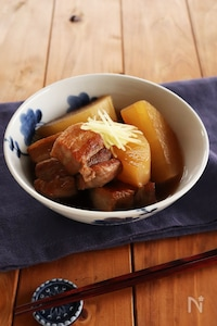 しょうがたっぷり!豚バラ大根の煮物