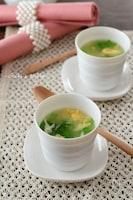 レタスと玉子のチーズスープ