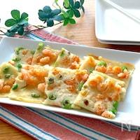 食感も楽しめるおつまみ♡むき海老と枝豆のチヂミ風