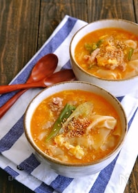『ワンタンの皮入り!かき玉豚キムチスープ』