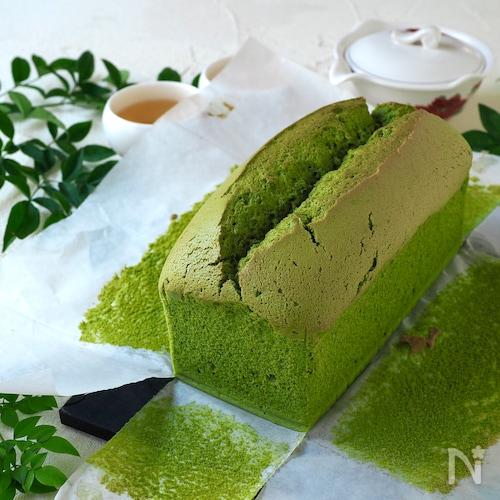しっとりふわふわ! 抹茶の豆腐カステラパウンド
