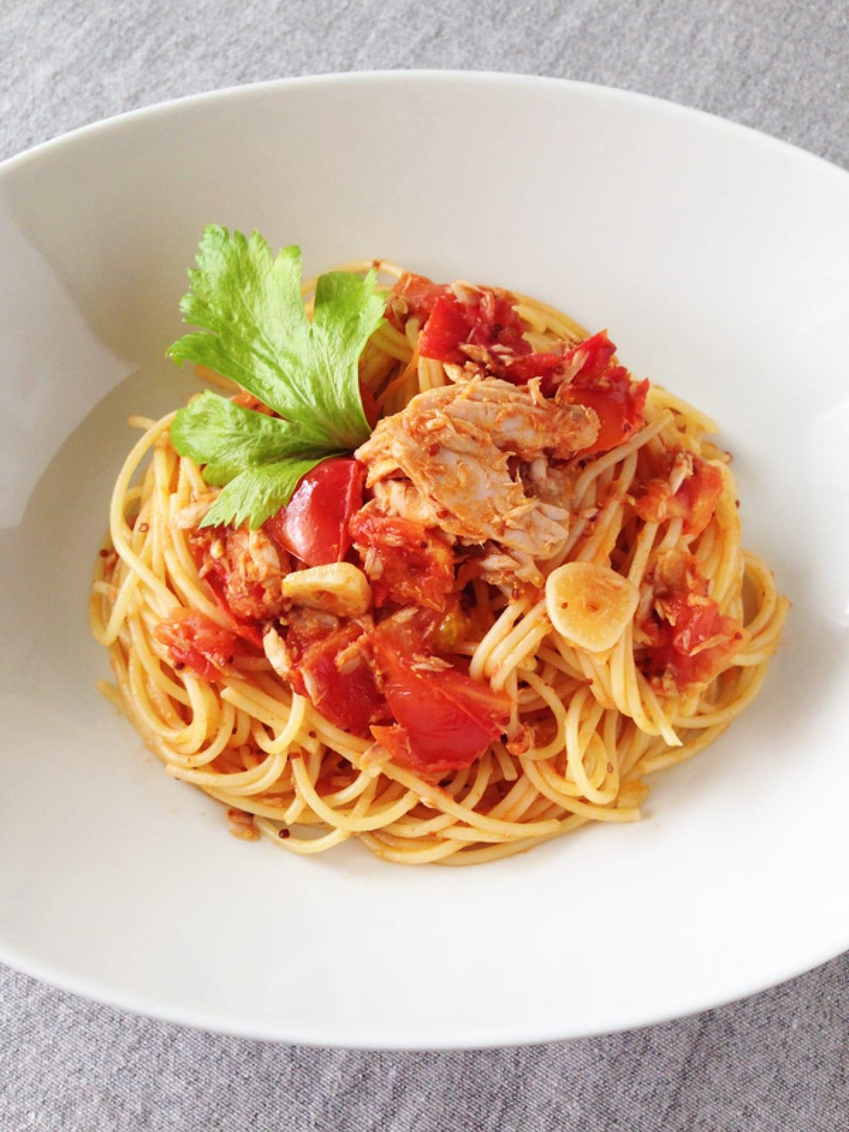トマトとツナのクリームパスタ