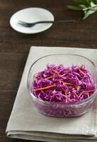 紫キャベツのレモンドレッシングサラダ