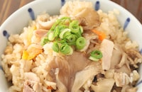 止まらない美味しさ♡豚バラときのこの中華おこわ風炊き込みご飯