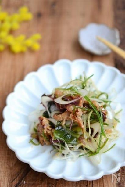 豚肉入りおかず海藻サラダ