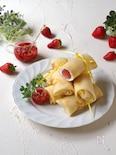 苺のロールクレープ
