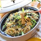 小松菜とひき肉のチーズ焼きそば