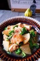 \鶏の旨味がしみしみ/鶏肉と大根の甘辛炒め煮