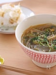 豆苗とキムチの春雨スープ