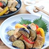 ごはんがすすむ!鶏むね肉と夏野菜のバタポン炒め