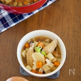 鶏手羽と根菜の具だくさん生姜スープ【だし不要・作り置き】