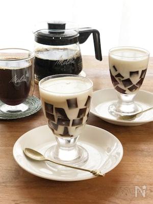 2つの食感が楽しい♪モザイクコーヒーミルク寒天