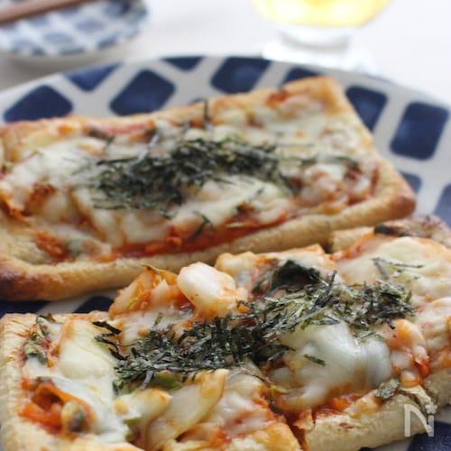油揚げのキムチーピザ