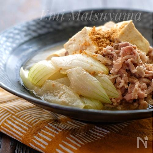 *豚こまと新玉ねぎと豆腐の味噌煮*無水調理