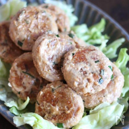 簡単缶レシピ!サバ缶豆腐ハンバーグ 味噌マヨソース