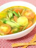 夏野菜でスープもいいね♪プチトマトとキュウリの酸辣湯