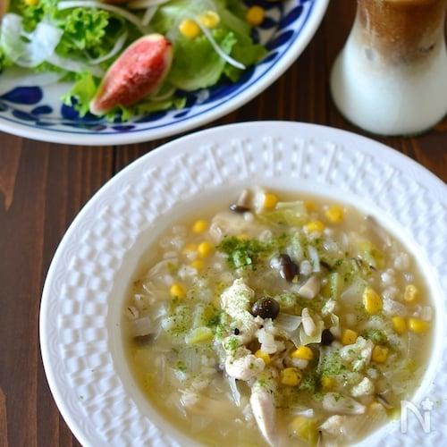 もち麦入りささみとキャベツの食べるスープ煮